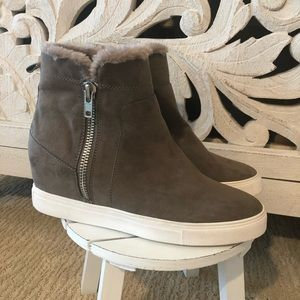 Steve Madden Wedge Sneakers with fur lining